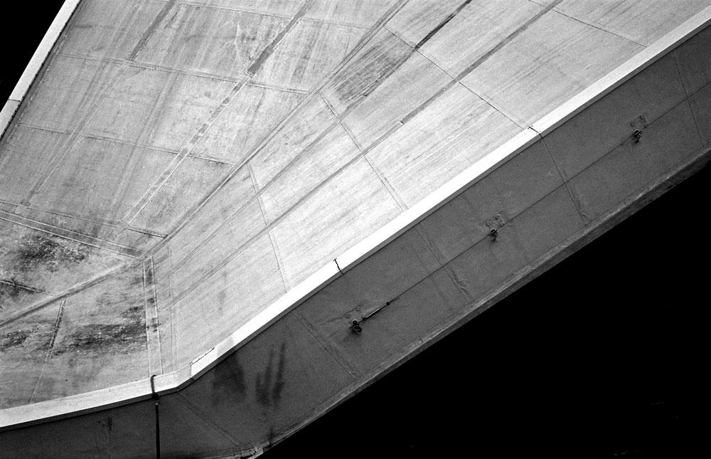 CNIT La Défense - Voigtlander Bessa R ColorSkopar35mm - TMAX 400 / Pyrocat 1:1:100