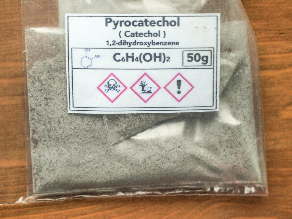 Pyrochetechol